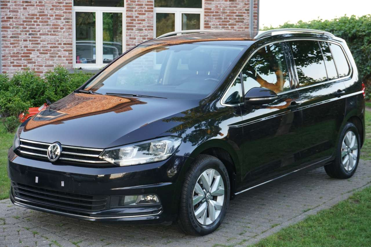 Volkswagen Touran 1.6 TDi SCR Highline 7 pl! full optie ! Euro6