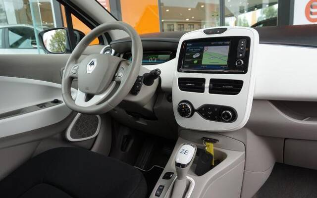 Renault ZOE é Life R240 R240 BATTERY RENT
